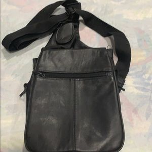 Buxton genuine black leather cross body purse